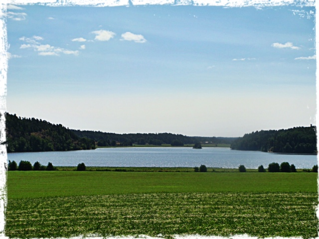 Utsikt över en del av vackra Sverige på vägen hem.