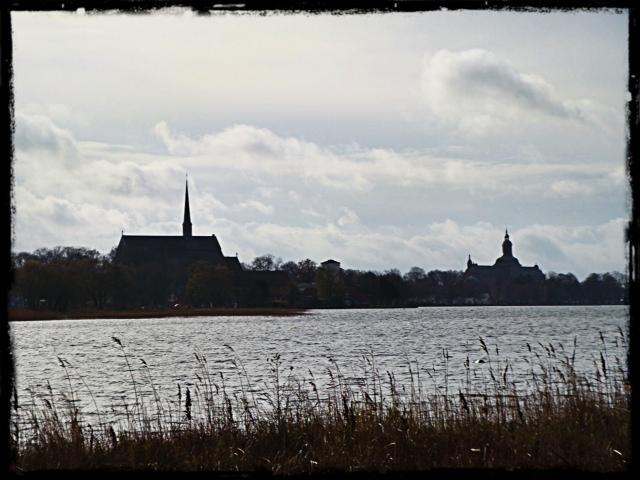 Vadstena med klosterkyrka och slott