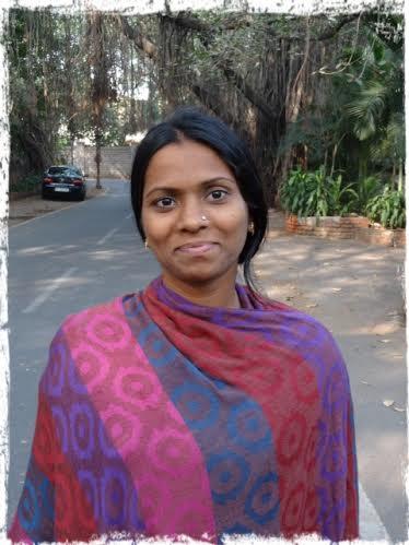 Kvinna med sjal, 1