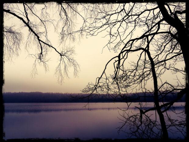 Morgon vid sjön L